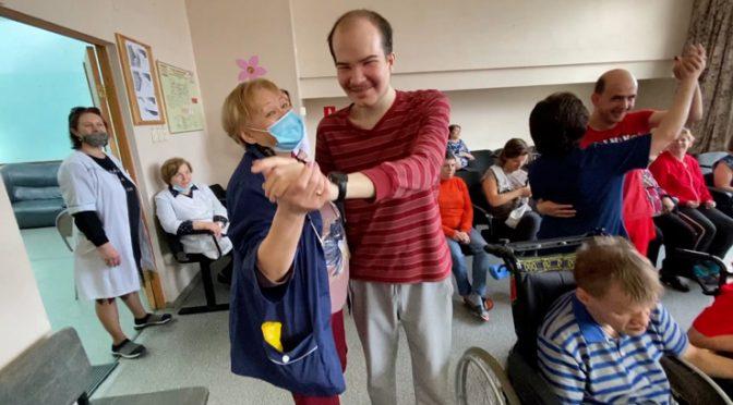 Акция в центре для инвалидов